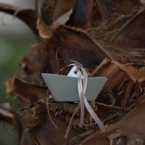 Μπομπονιέρα βάπτισης πέτρινο καραβάκι